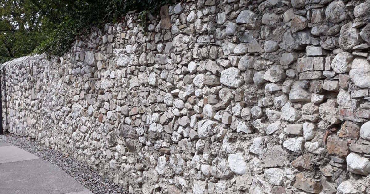 Vrtni zidovi skrivajo fosile