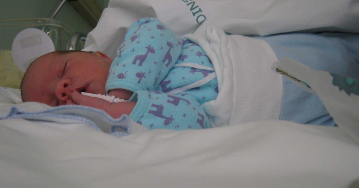V Sloveniji se je zmanjšalo število rojstev