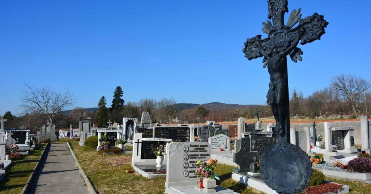 Mortalità in Europa prima e dopo la corona