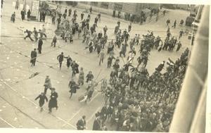 28. april 1945: Tekma za Trst