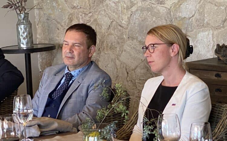Ministrica pri Slovencih v Ramos Mejii in v San Martinu